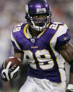 #28 Star Vikings RB Adrian Perterson will be looking to add to his 1600 rushing yards vs the Rams. Photo: twincities.com