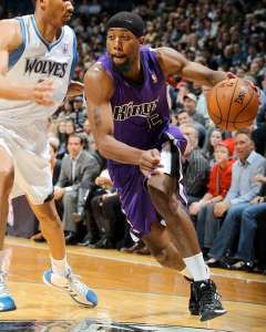 #% John Salmons has been showing signs of returning to fantasy relevance of late. Photo: kingsjersey.com