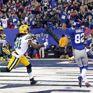 #82 WR Rueben Randle seen here scoring a touchdown in a 38-10 win vs the Packers last season, becomes a sleeper candidate this year. Photo rueters