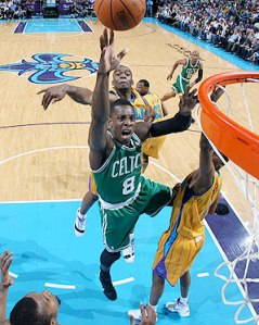 #8 Jeff Green will be one of the main offensive threats on a Celtic team that has lost most of its stars in Layne Murdoch/NBAE via Getty Images offseason. Photo: